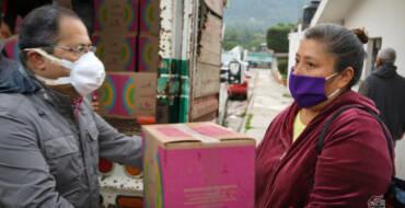 Continúa la entrega de apoyos alimenticios en comunidades del municipio