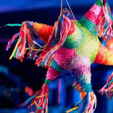 #Convocatoria Concurso de elaboración de Piñatas Tradicionales Monumentales.