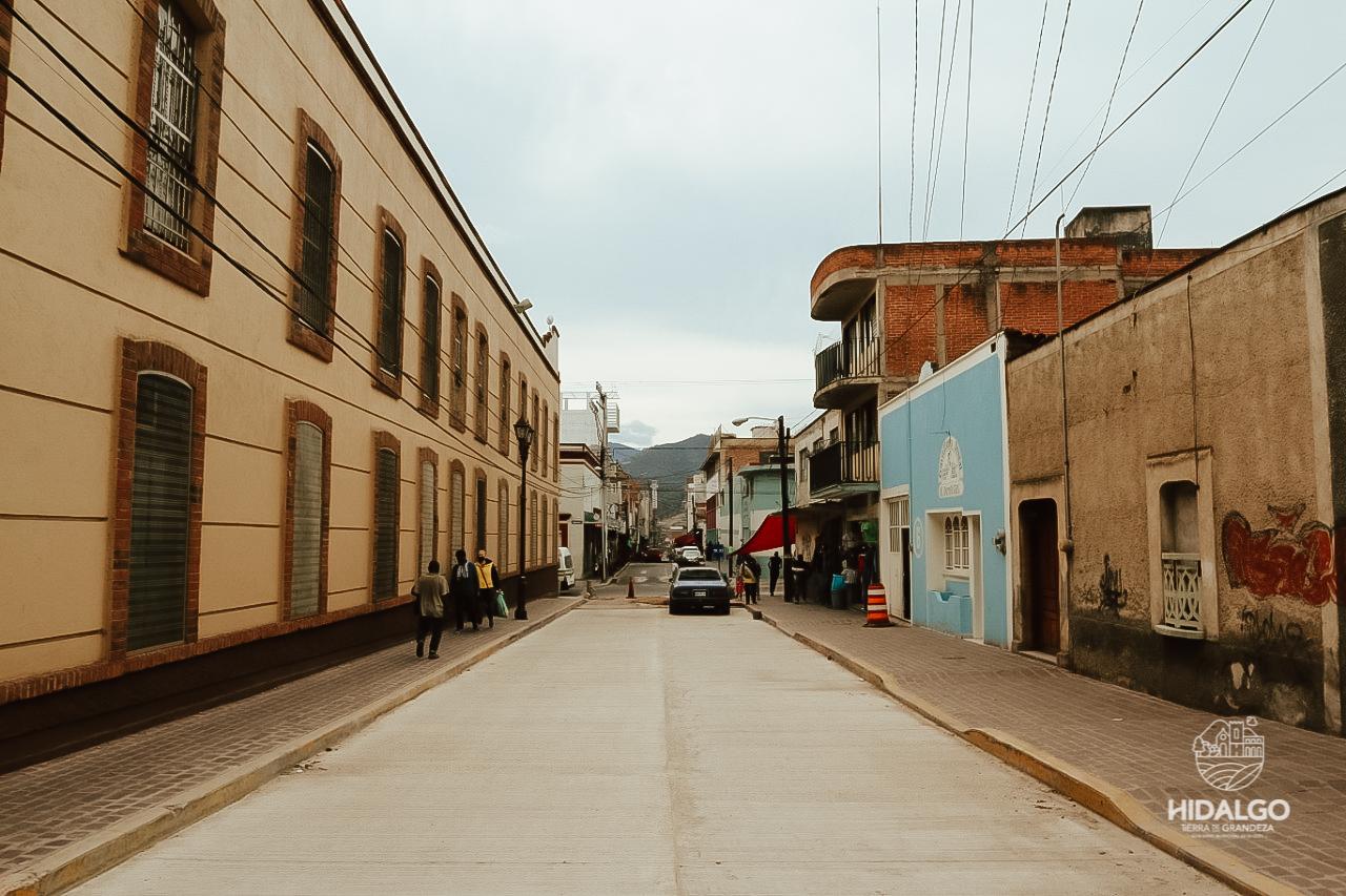 Rehabilitación de la calle Nicolás Bravo tiene un avance del 90%