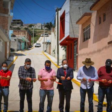 Inauguración de  pavimentación de la calle prolongación de Francisco Javier Mina